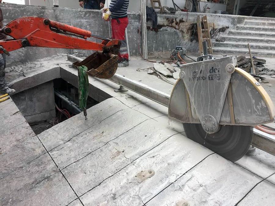 Rezanje betona u hotelskom bazenu