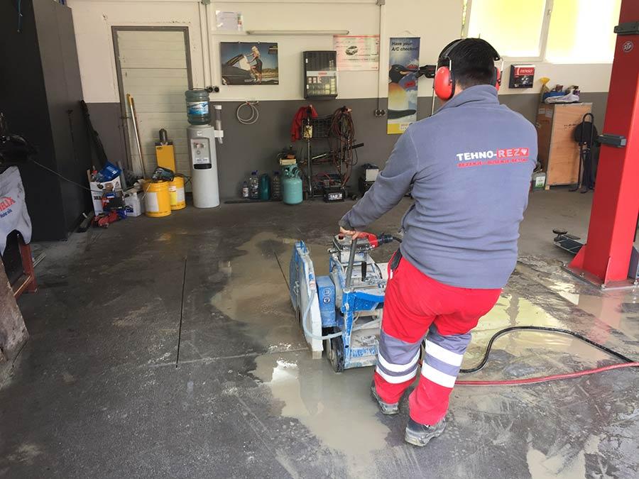 Rezanje betonskog poda radionice