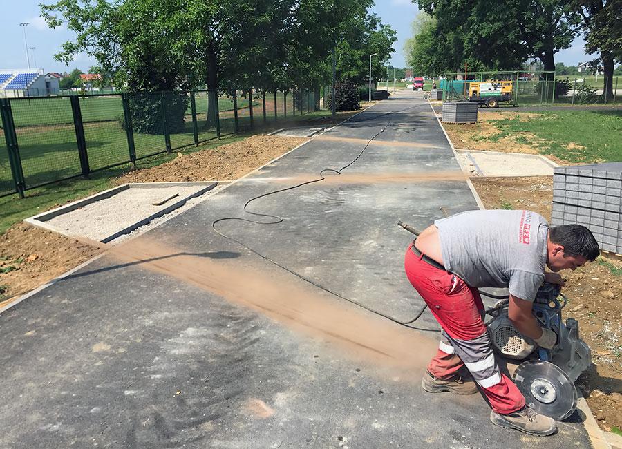 Rezanje asfalta dubine 1cm duzine 245m